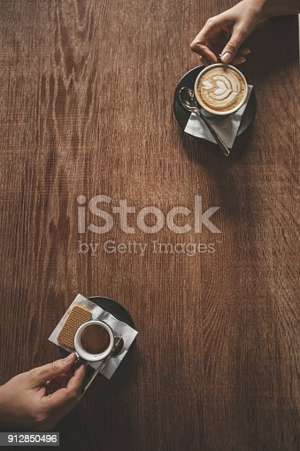 istock Friends having coffee 912850496