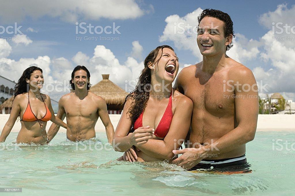 Seus amigos rir foto de stock royalty-free
