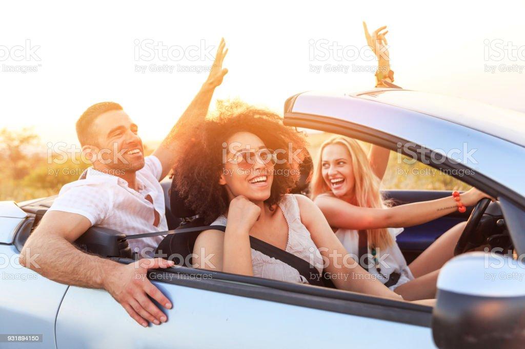 Freunde auf road trip – Foto