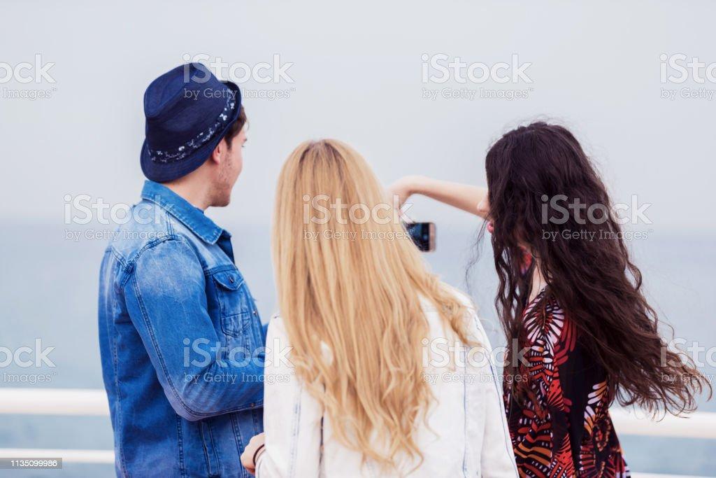 Mondéjar ligar con chicas