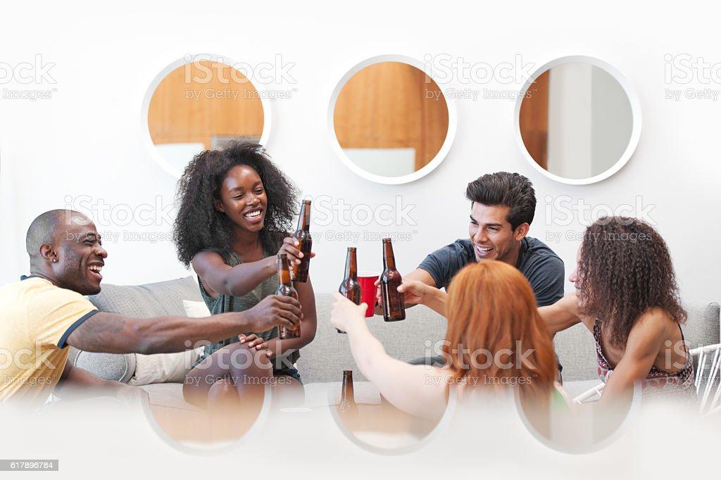 Friends starting vacations - foto de stock
