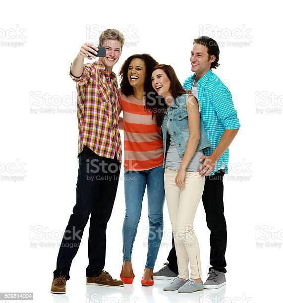 Friends taking selfie picture id509814004?b=1&k=6&m=509814004&s=612x612&h=mtuwtxsjodyyf7nlnhwvqdxbmdwnh pzdsv3gshzj7q=