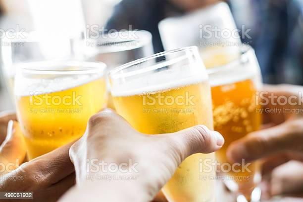 Friends toasting with beer picture id496061932?b=1&k=6&m=496061932&s=612x612&h=5qypwloog zequggxp69wzr9mkoacxcxwsrbjh jp38=