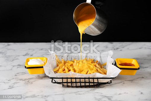 Fries with cheese