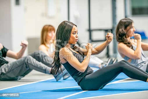 istock Ab Workout 982198908