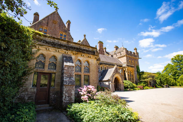 Frontfassade des Knightshayes Court Country House – Foto