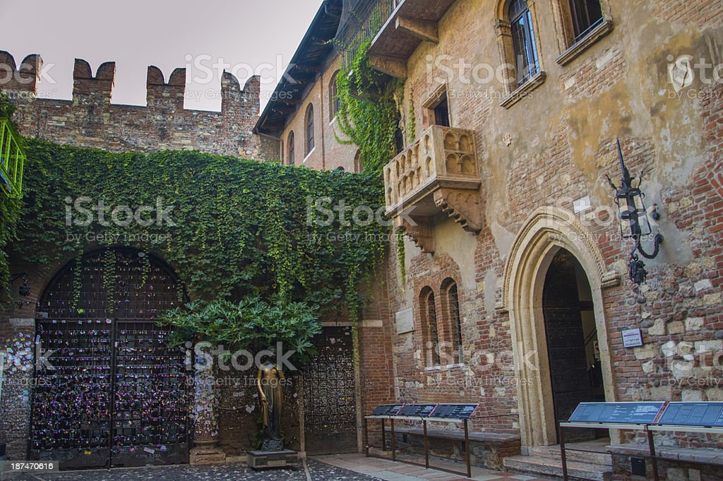 Front of the house of Juliet in Verona, Italy stock photo