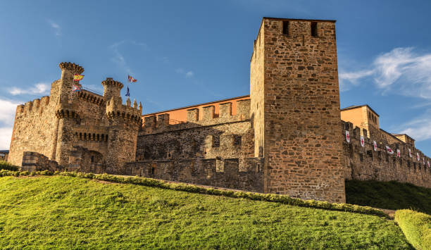 front view of knights templar castle in ponferrada, spain - knights templar stock pictures, royalty-free photos & images