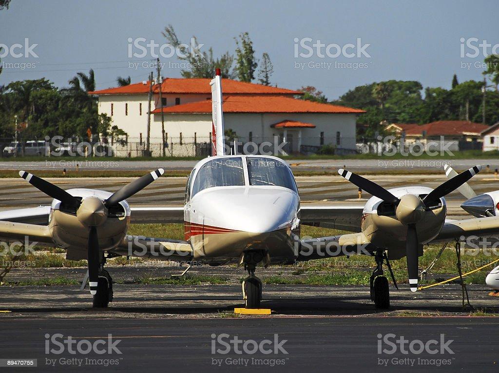 Vorderansicht der Gefahren Flugzeug propeller Lizenzfreies stock-foto