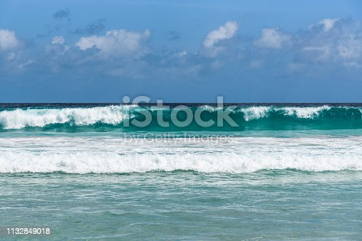 rolling waves on the Seychelles