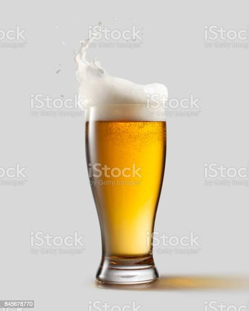 Frosty glass of light beer with foam picture id845678770?b=1&k=6&m=845678770&s=612x612&h=bskaqnlpxnfv5khcbomcbv8  s othdi00qxsuznxbo=