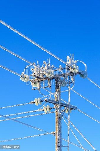 istock Frosty power pole 890672122