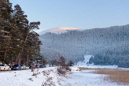 냉동된 Abant 호수 볼 루 터키에서 Golcuk 국립 공원에서 0명에 대한 스톡 사진 및 기타 이미지