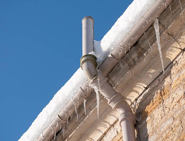 gefrorene rinnstein - boundary waters stock-fotos und bilder