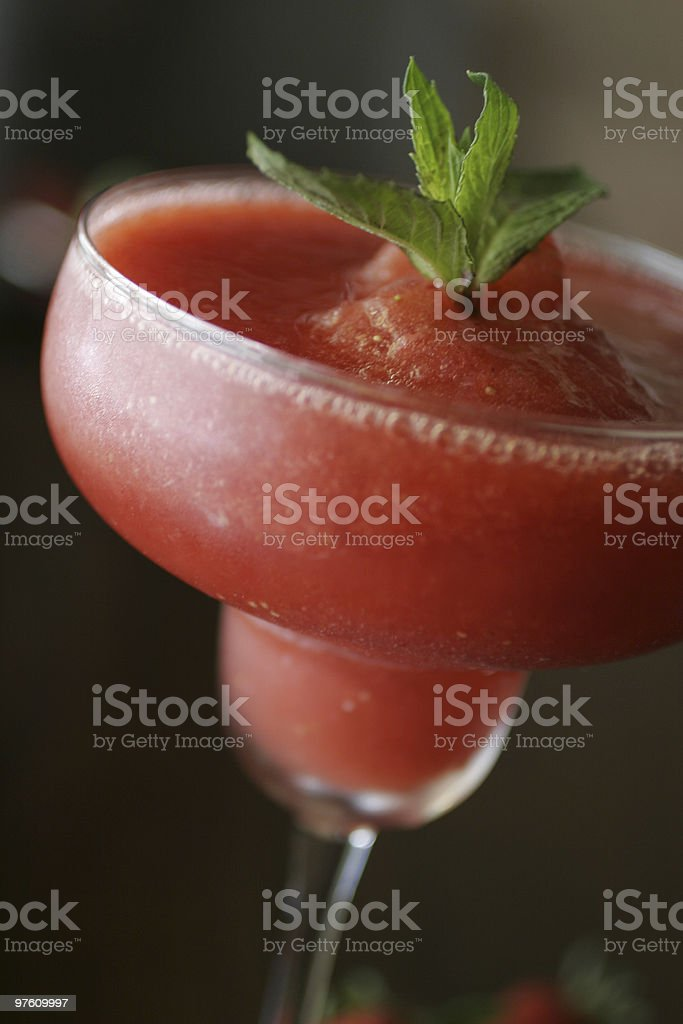 Frozen Strawberry Daiquiri royaltyfri bildbanksbilder
