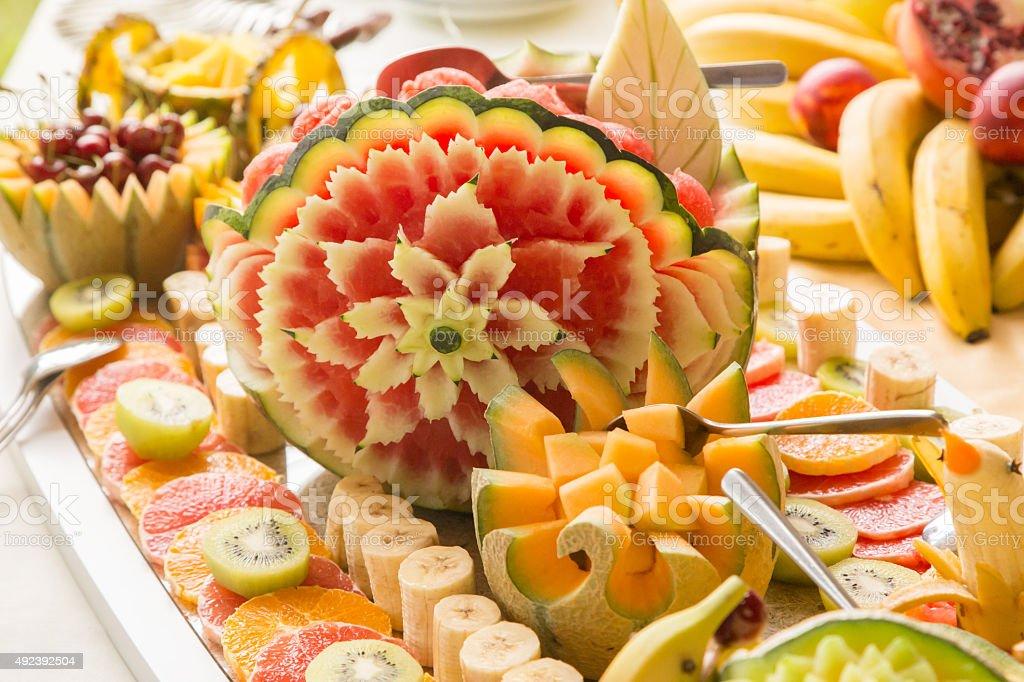 Decorazioni Buffet Frutta : Frutta arte e cibo la decorazione foto di stock istock