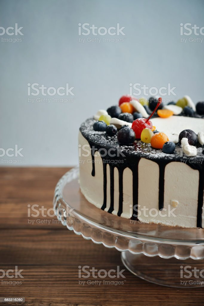 Fruit birthday cake foto stock royalty-free