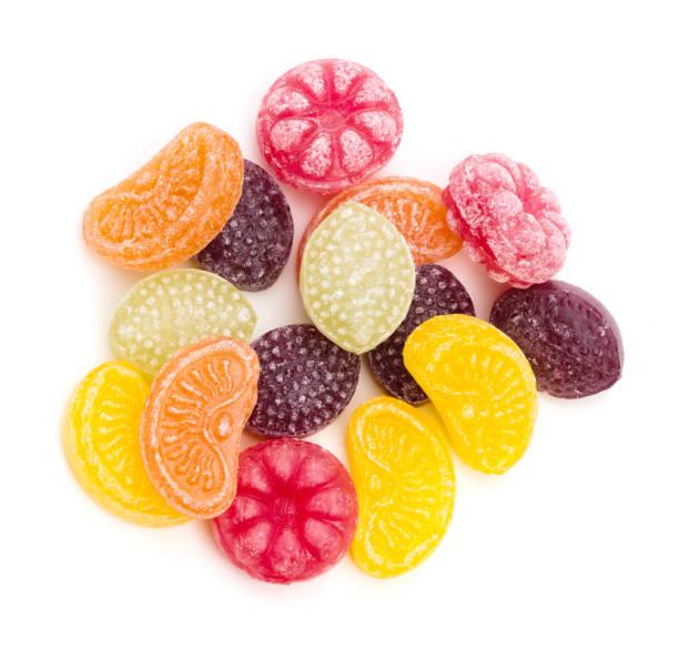 obst aromatisiertes hard candy - grape sugar stock-fotos und bilder