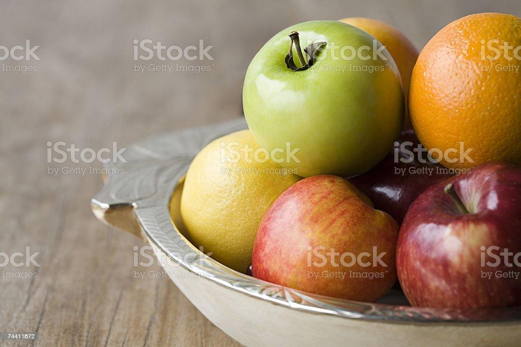 Frutas em uma Tigela foto de stock royalty-free