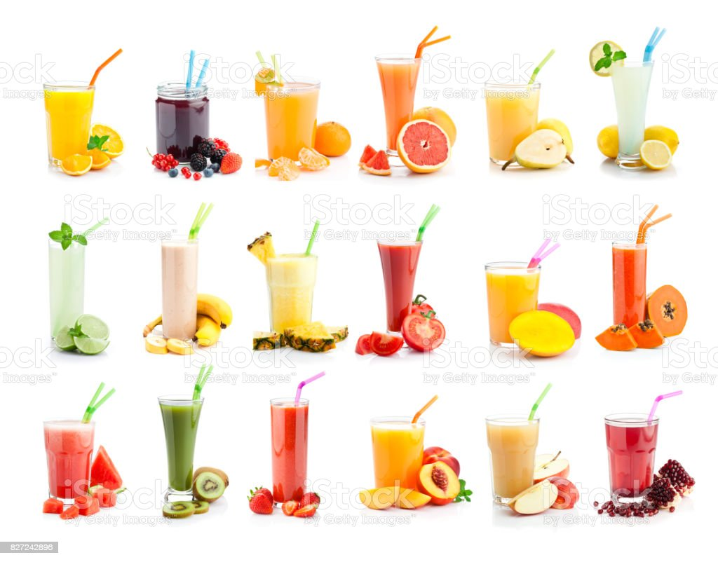 Collection de verres à jus et smoothies de fruits isolée sur fond blanc - Photo