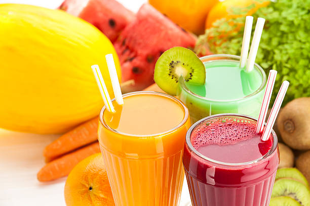 fruit juice - sapjes stockfoto's en -beelden