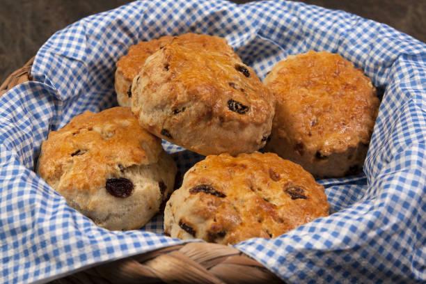 frukt scones - scone bildbanksfoton och bilder