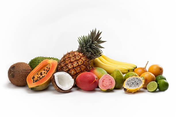 obst komposition - tropische frucht stock-fotos und bilder