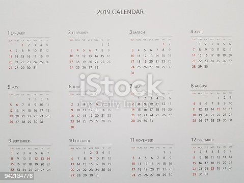 istock Full calendar for 2019 942134776