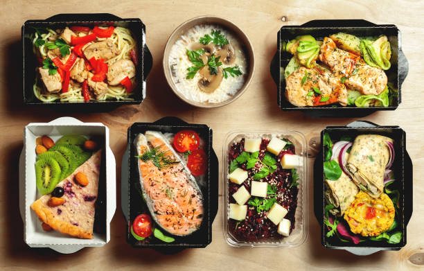 a full daily diet of healthy eating. - food delivery стоковые фото и изображения