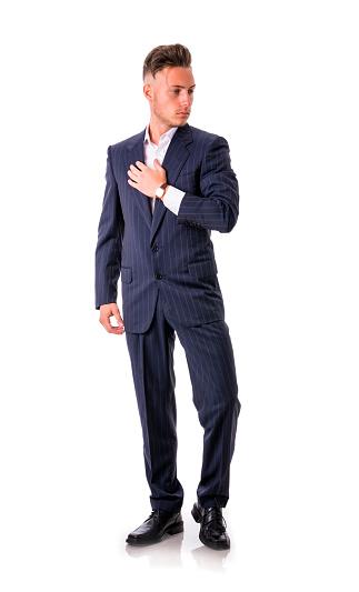 Мужчина в костюме в полный рост ирина бауськова