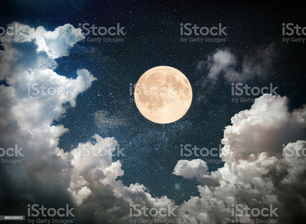 Vollmond am Nachthimmel – Foto