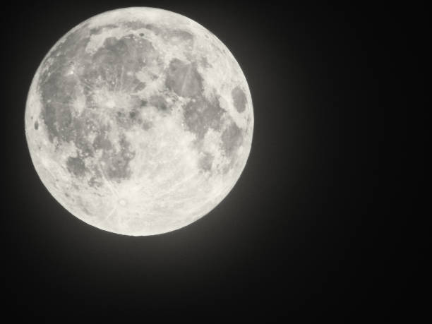 volle maan - moon stockfoto's en -beelden