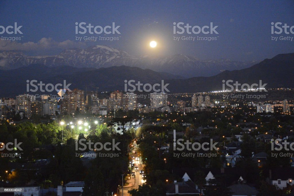 Full Moon rising at mount Andes in Santiago, Chile zbiór zdjęć royalty-free