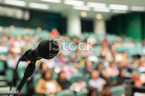 491577806 istock photo Full of Audience 171592241