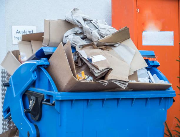 full paper container in germany - karton zbiornik zdjęcia i obrazy z banku zdjęć