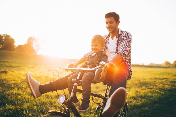 Giochi e divertimento in bicicletta - foto stock