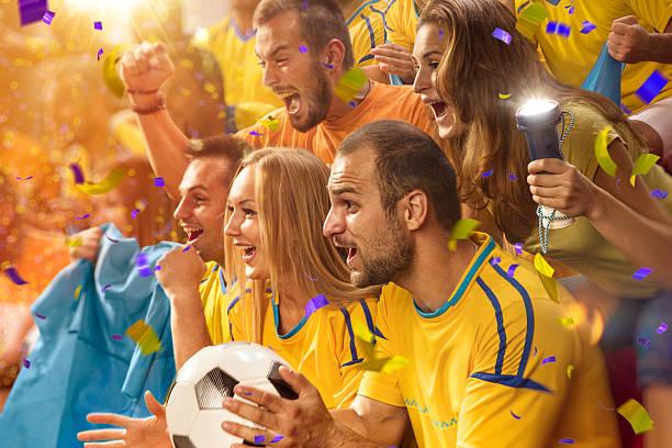 Diversão fãs no Estádio arena - foto de acervo