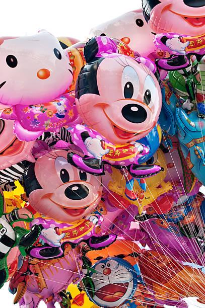 fun helium-luftballons - disney dekorationen stock-fotos und bilder