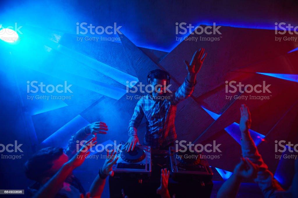 Spaß in der Disco-club Lizenzfreies stock-foto
