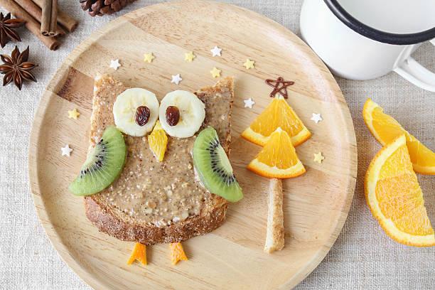 Fun owl toast with fruit food art breakfast for kids picture id598229668?b=1&k=6&m=598229668&s=612x612&w=0&h=qk2bswsfdtcsmeqeedjdc 82xwvwyz4q6qhp6bsu0rc=