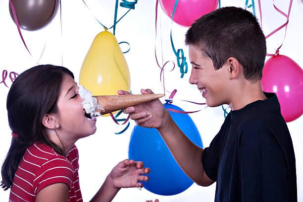 spaß-party - eis ballons stock-fotos und bilder