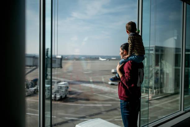 Spaß beim warten auf des Flugzeugs – Foto