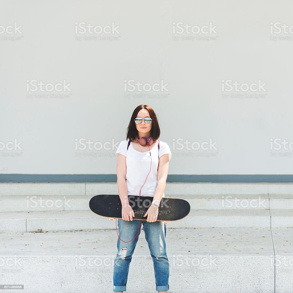 Irre Hipster Vergnügen Skateboarding, frischen Konzept Lizenzfreies stock-foto