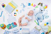 面白い赤ちゃんに衣服やインファントケア商品