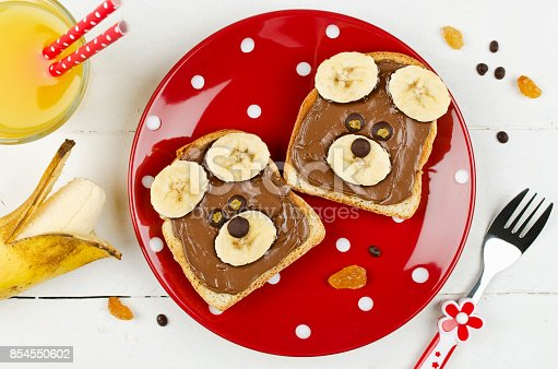 istock Funny bear face sandwich for kids snack food 854550602