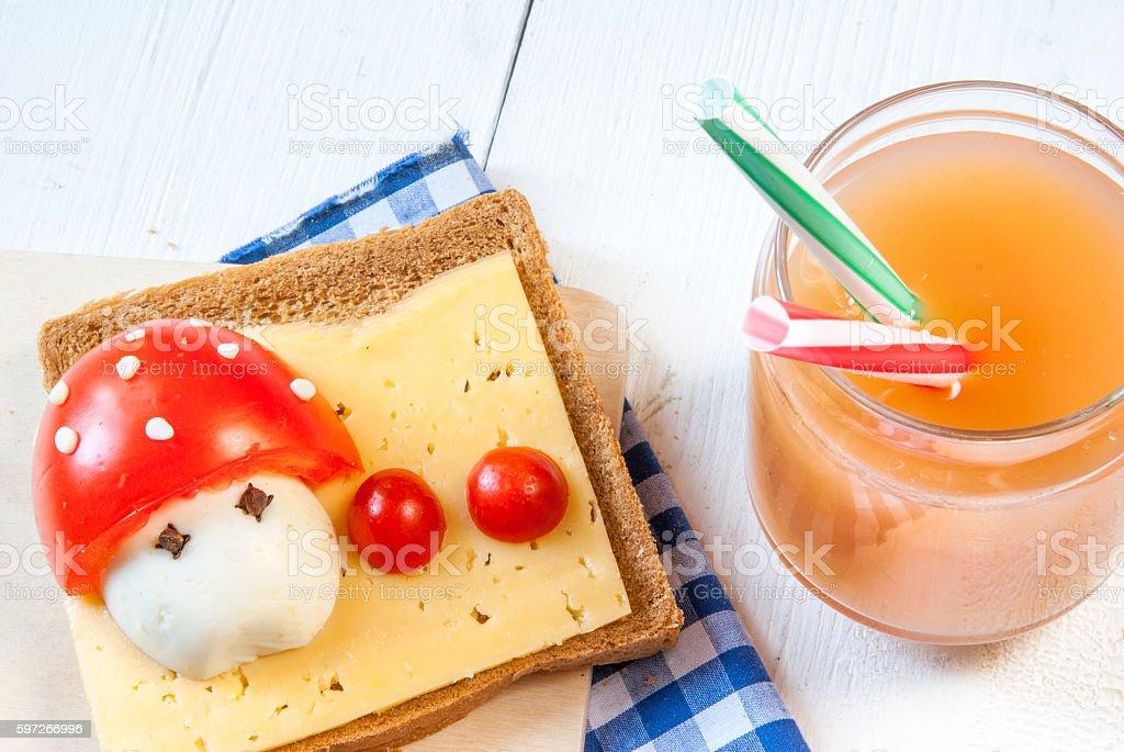 Funny breakfast for kid photo libre de droits