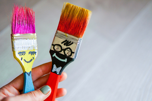 istock Funny brushes friends 1164351913
