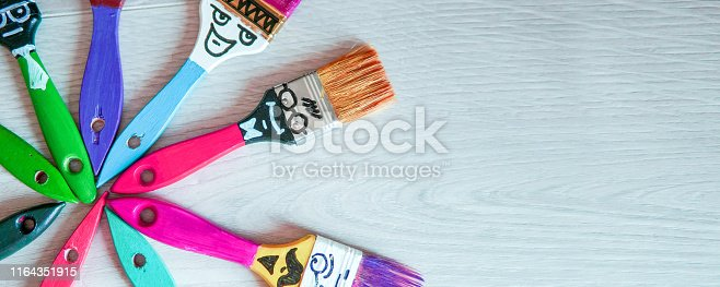 istock Funny brushes friends 1164351915
