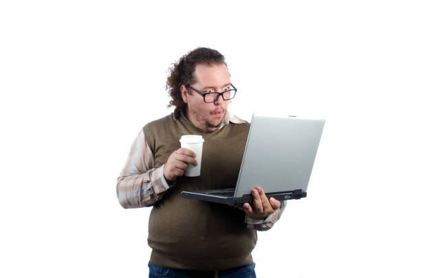 lustige dicke geschäftsmann. internet und arbeit. - schnell lesen lernen stock-fotos und bilder