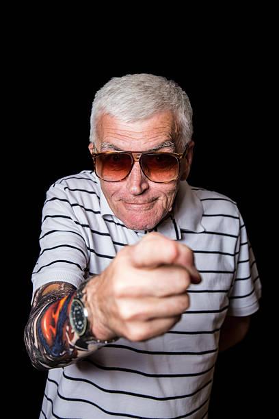 """lustiger """"und"""" grandpa """" - lausbub tattoo stock-fotos und bilder"""